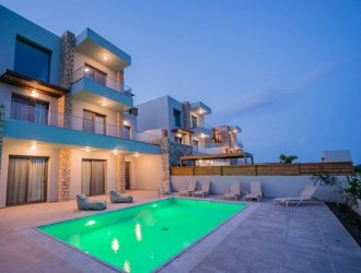 6 Best Villas In Greece With Private Pools