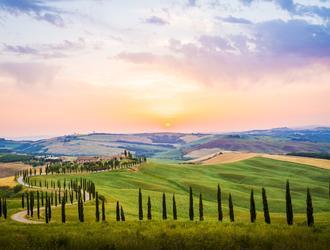 9 Reasons You NEED To Visit Tuscany