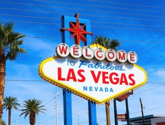 Clickstay On Tour: Holly in Vegas