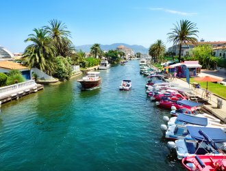 4 Reasons To Visit Empuriabrava