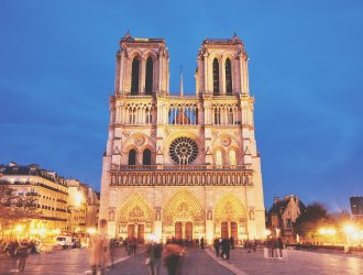 10 Unmissable Landmarks In Paris