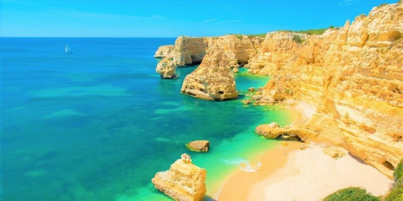The Ultimate Guide To Holidaying In The Algarve In 10 Points