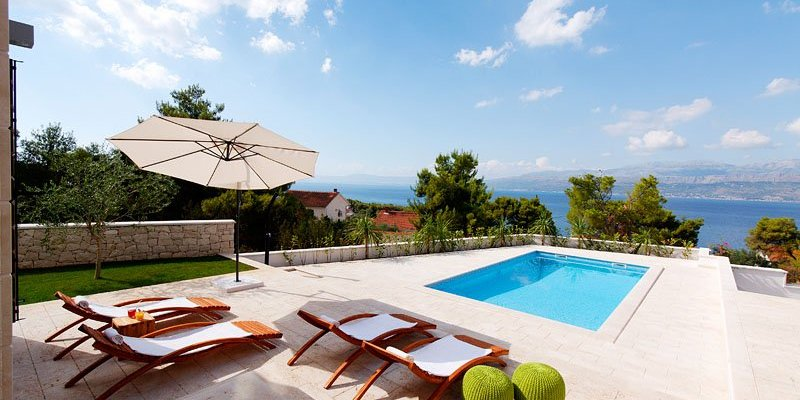 7 Of The Best Beach Villas For The Summer