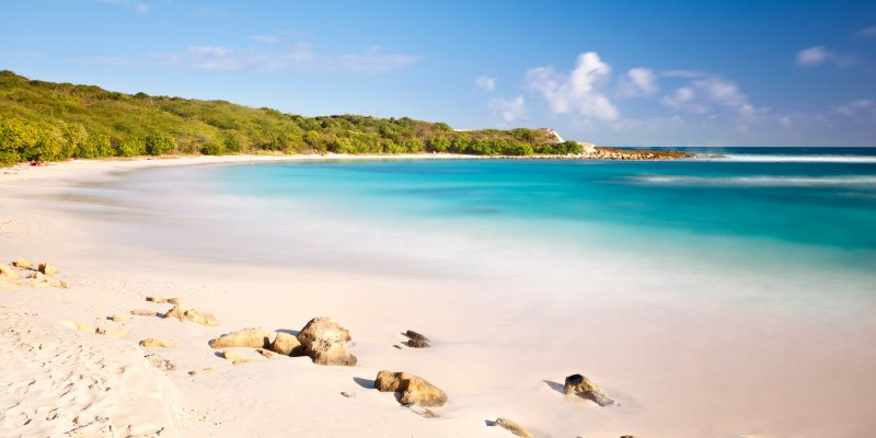 The 5 Best Beaches In Antigua