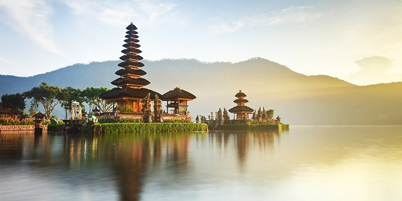 8 Reasons to go on Holiday to Bali now