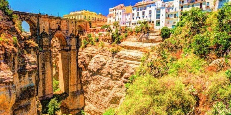 Hiring A Car In Malaga: 5 Great Short & Scenic Day Trips