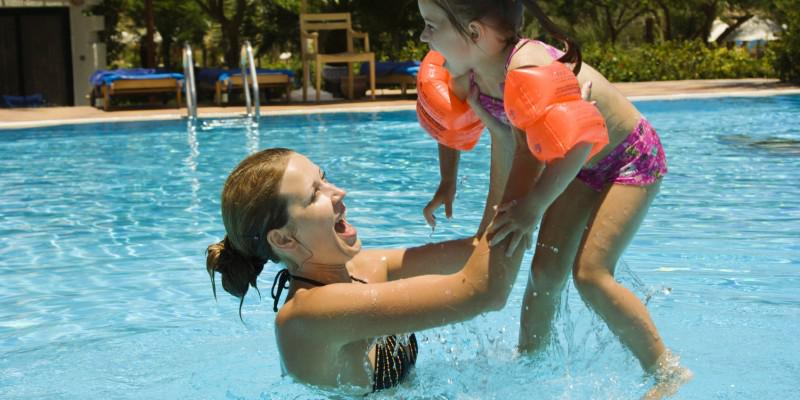 Clickstay Mummy Blogger Awards - Top Tips for Travelling with Children!