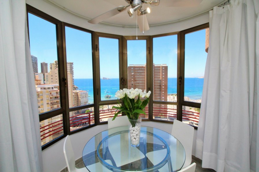Bay window in Benidorm apartment