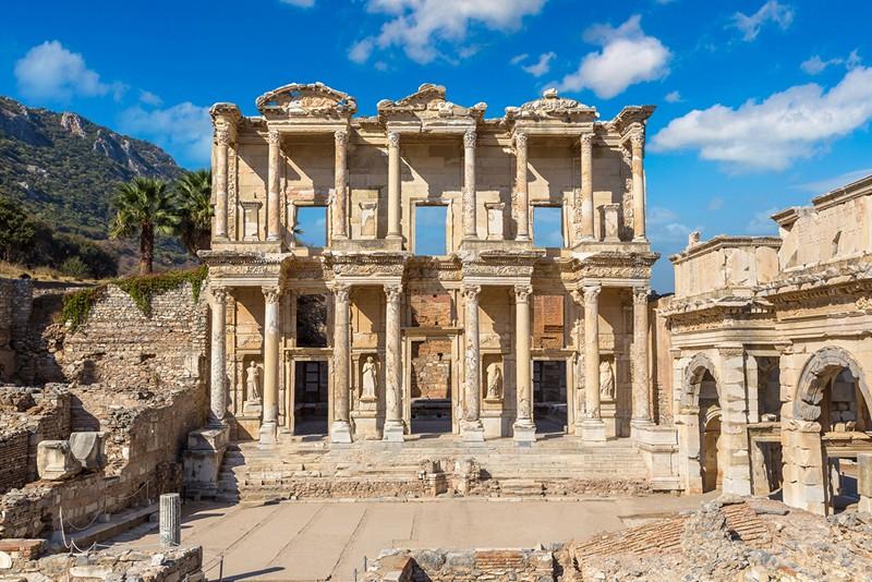 Bibliotheque de Celsus, Selcuk