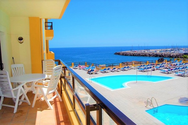 Apartment in Tenerife with shared pool view