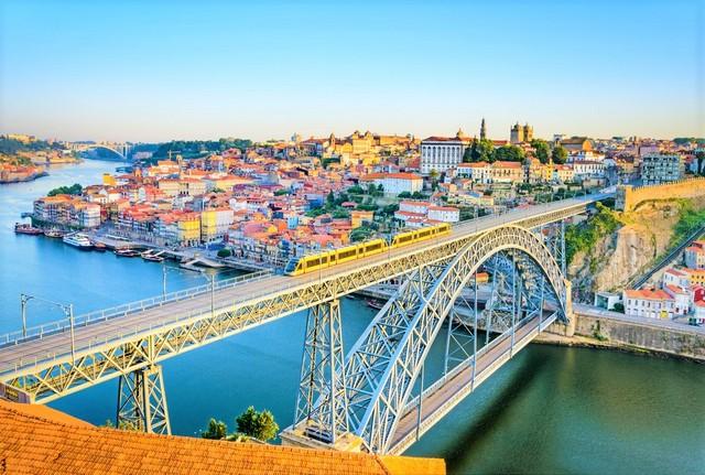 railway bridge portugal