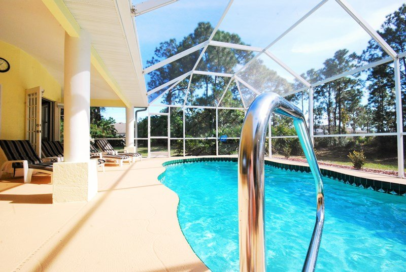 lovely private pool in villa to rent in Long Meadow, Florida