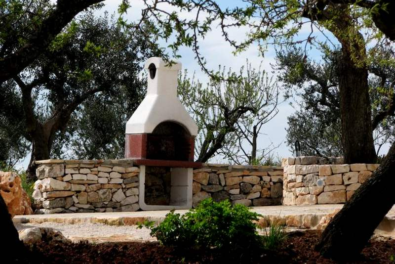 Trullo Patrizia outdoor barbecue area