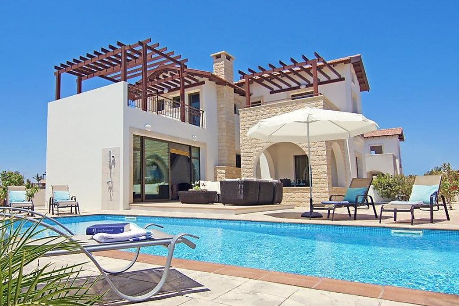 cheap luxury Ayia Napa villa