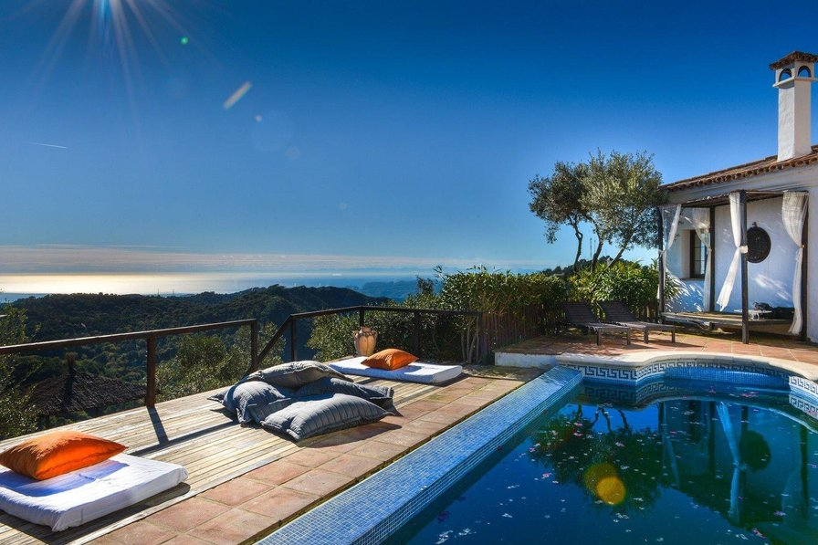 Villa with panoramic sea views in Casares Spain
