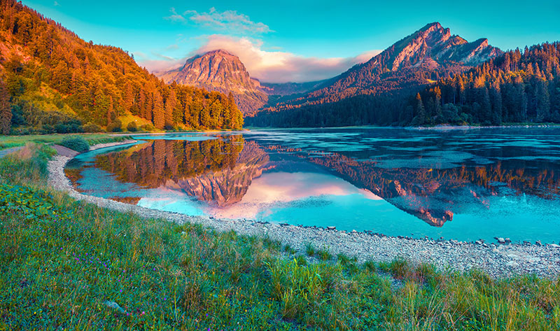 Sunrise Obersee lake
