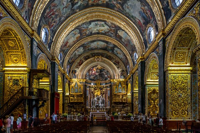The incredible interior of St John's Cathedral Malta