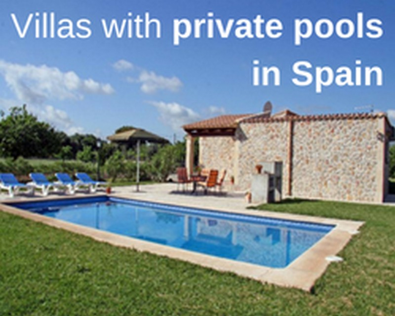 Villas with private pools in Spain