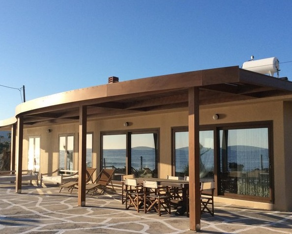 Large villa in Crete, sleeps 14