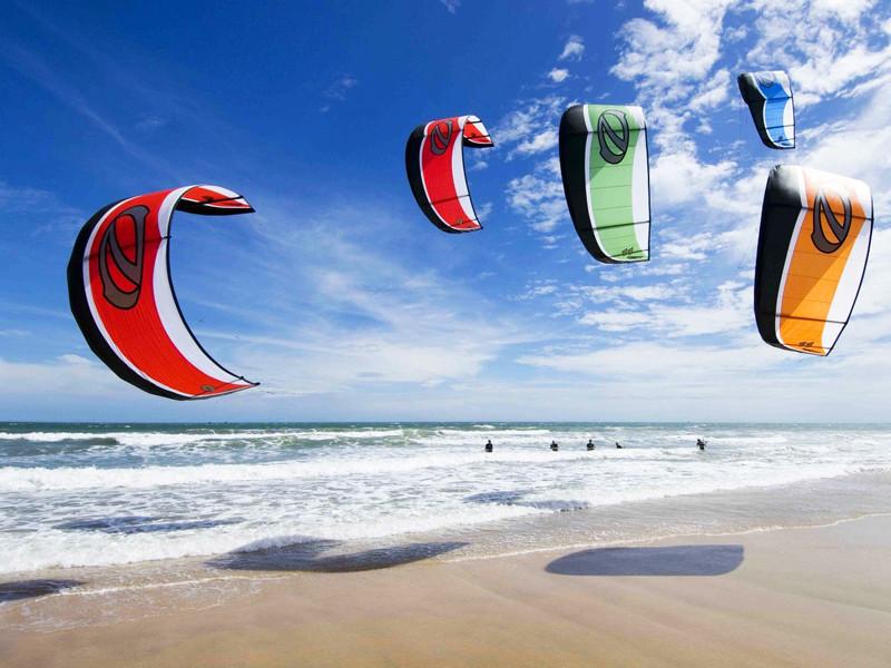 Kitesurfing lesson in Sal island, Cape Verde