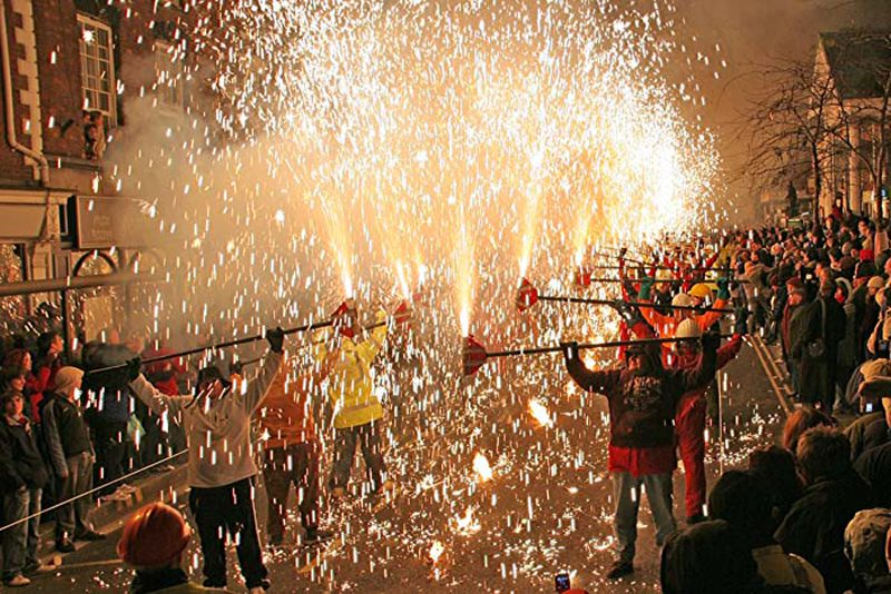 Bridgwater Guy Fawkes Carnival, Somerset - squibbing