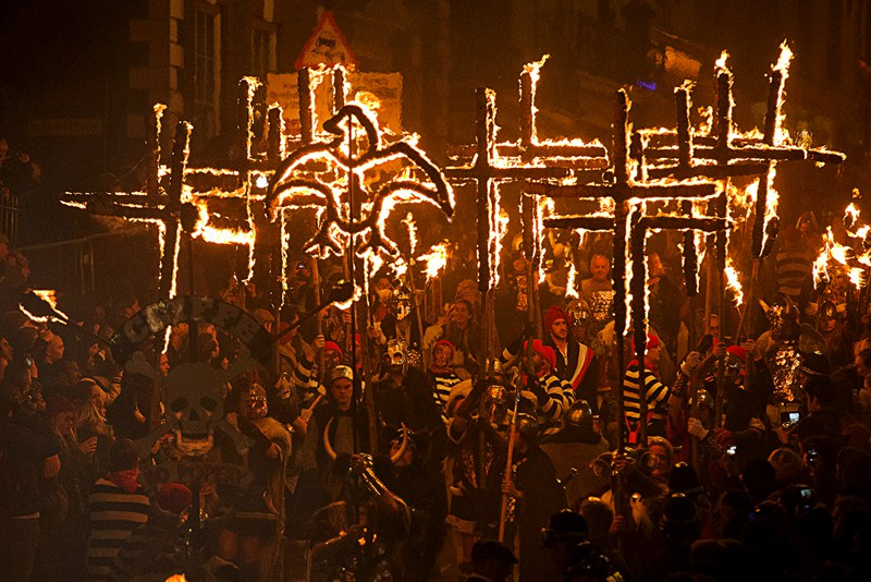 Lewes Bonfire Night Procession - Burning Crosses