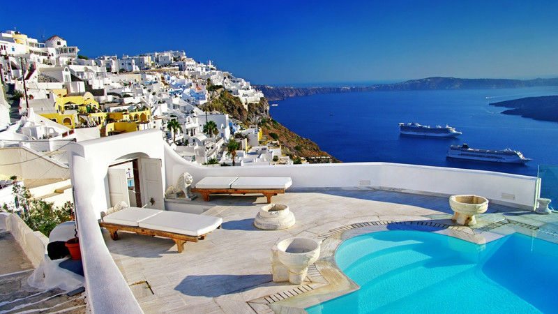 Travel to villas in greece