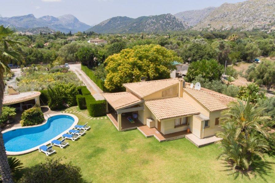 Villa in Pollensa, Majorca with private pool