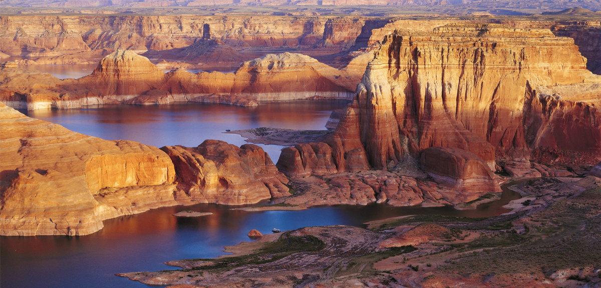 Lake Powell - lakes in the USA