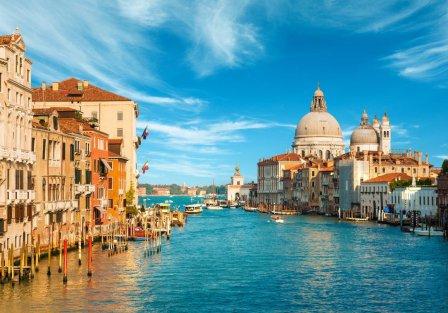Villas and apartments in Venice
