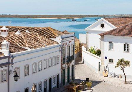 Villas and apartments in Faro