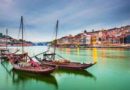 Villas and apartments in Porto