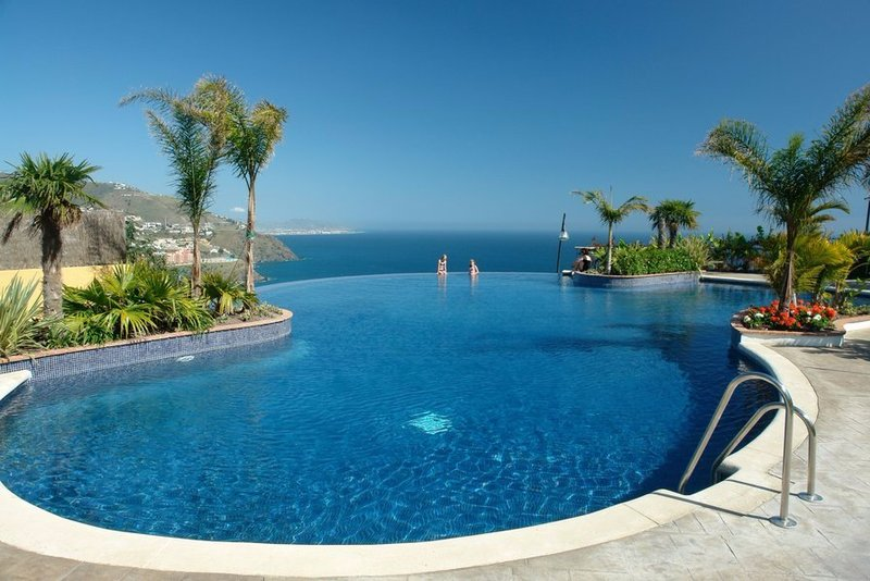 Family friendly 4 bed villa in Costa Tropical, Andalucia with shared pool and stunning views.