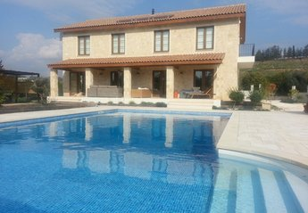 4 bedroom Villa for rent in Mandria
