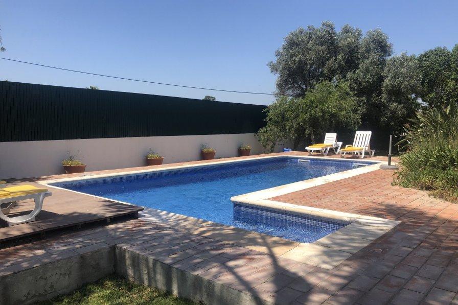 Villa in Portugal, Marim