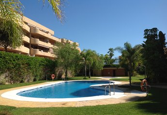 Apartment in Spain, La Cala de Mijas: Grounds and Pool
