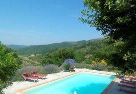 Villa Daniela, Tuscan Family Villa with Pool and Stunning Views