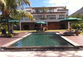 Luxury 3 bedroom Apartment on the Beach West Coast Mauritius