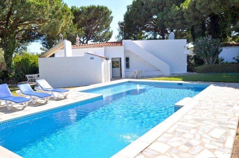 Villa in Portugal, Morgadinho