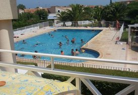 Valras Apartment - 2 bedrooms, shared pool, near beach