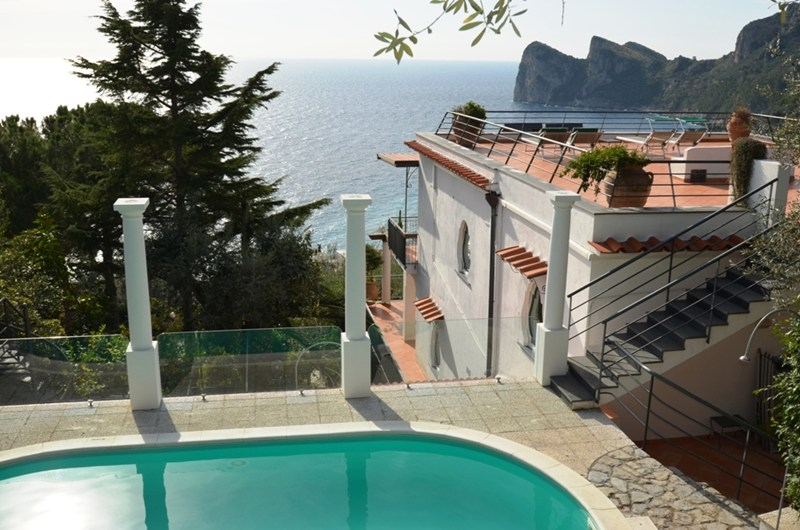 Apartment To Rent In Marina Del Cantone Italy With Pool