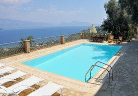 Villa in Nikiana, Lefkas: Wonderful outdoors