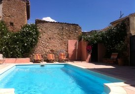 Maison Cruzy - pool, sleeps 8-10