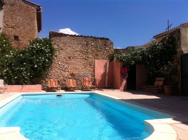 Villa in France, Cruzy