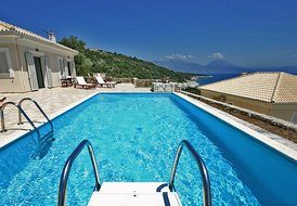 2 bedroom luxury villa in Meganissi