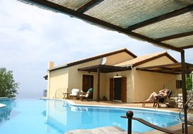 10 guest luxury villa in Lefkas