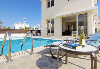 3 bedroom Villa for rent in Kapparis
