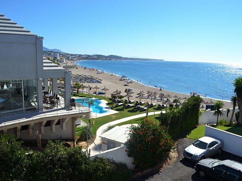 Apartment in Spain, Mijas: beach club