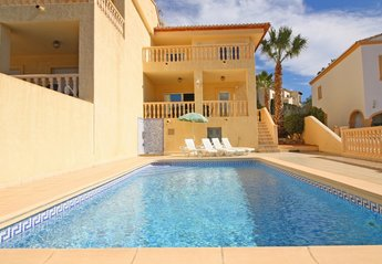 4 bedroom Villa for rent in Calpe
