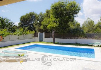 3 bedroom Villa for rent in Cala D'Or
